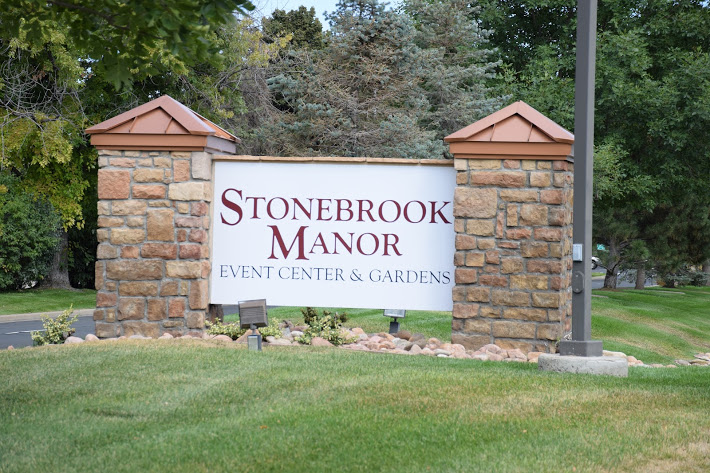 stonebrook-manor-events-gardens-thornton.jpg