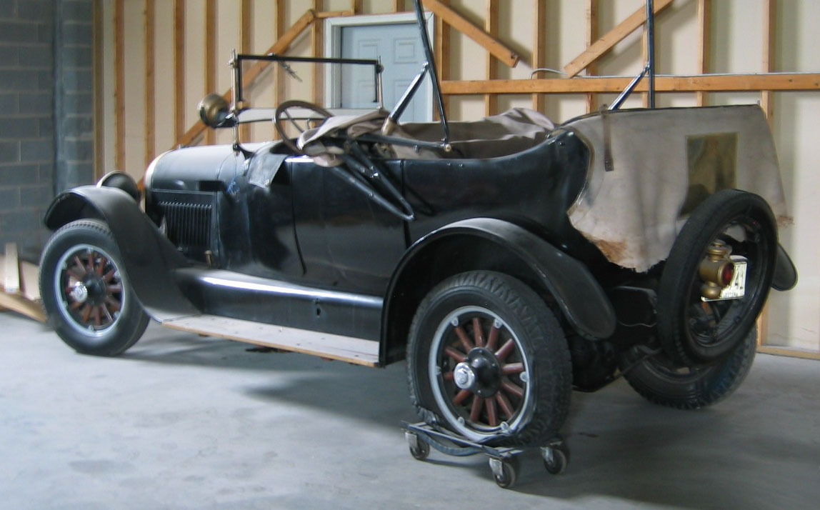 Can you identify this antique car?   Contact Us !