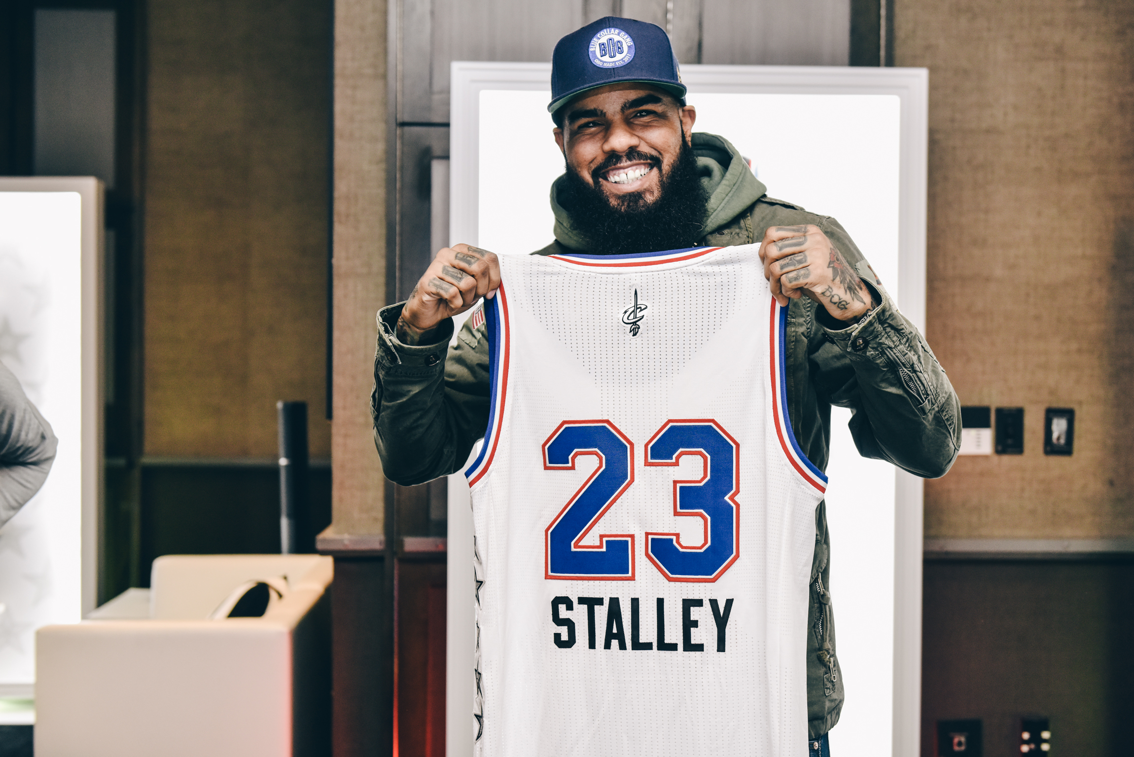 Stalley shows off his custom All Star jersey