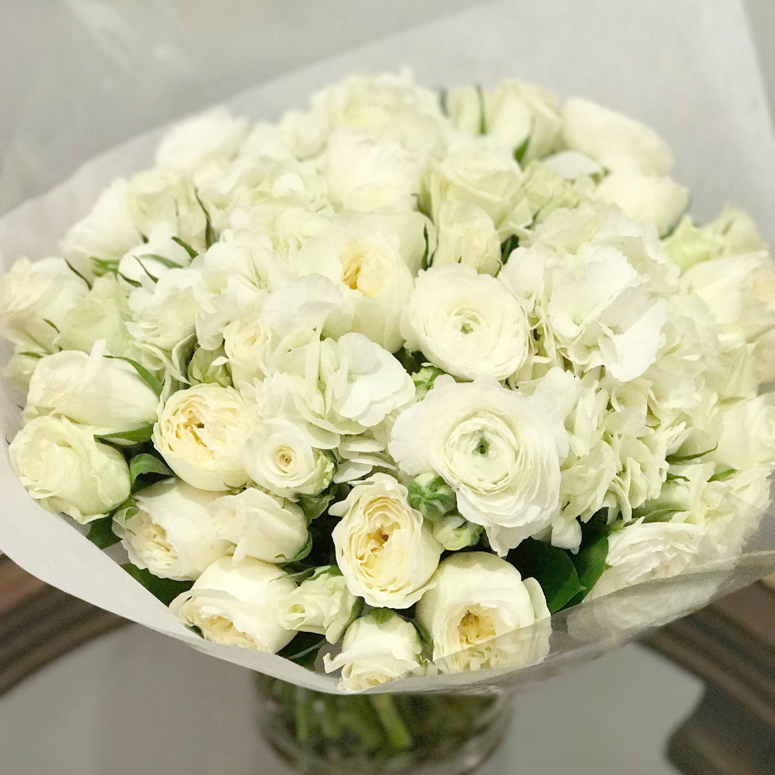 Flowers from a tummy tuck patient, 3/2017