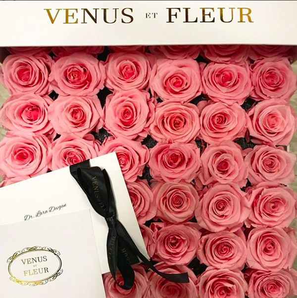 Gorgeous Venus et Fleur roses from a very kind patient