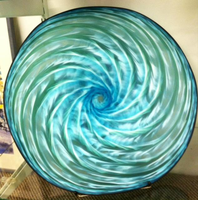 large flat bowl.JPG