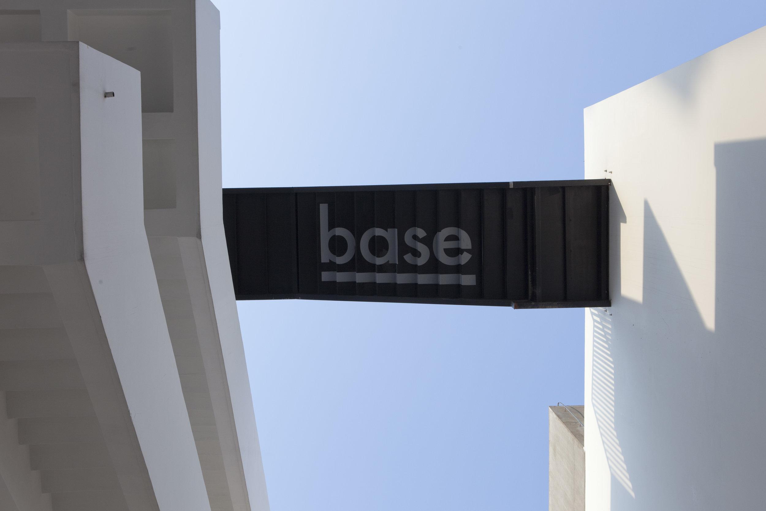 base_hotel_109_hr.jpg