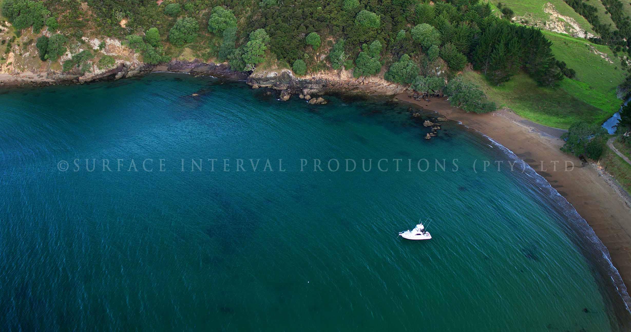 Whangaihe Bay 01.jpg