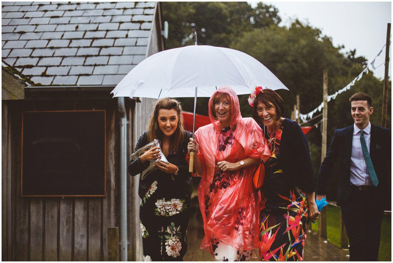 Wet Wedding_0155.jpg