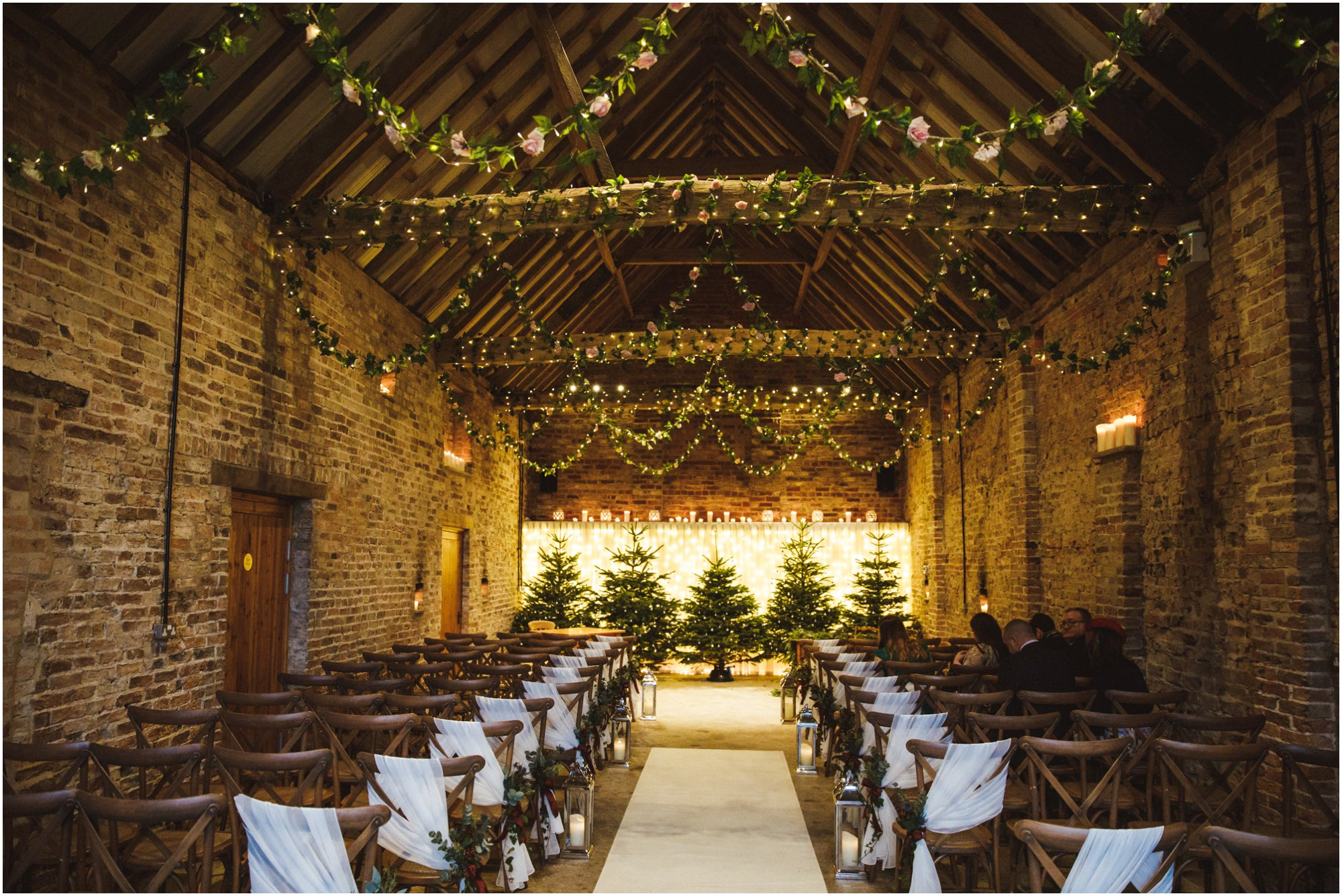 Barmbyfields Barn Wedding York_0019.jpg