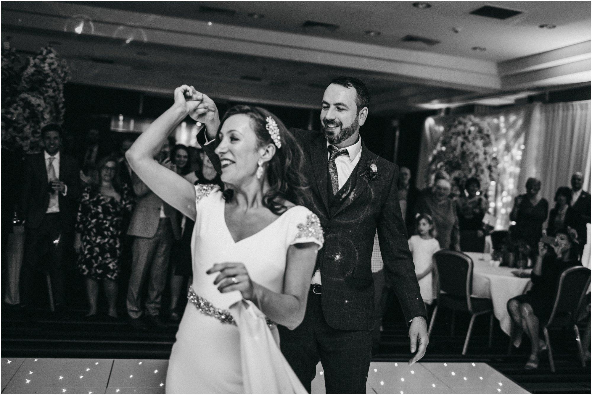 mecure-sheffield-st-pauls-wedding_0190.jpg