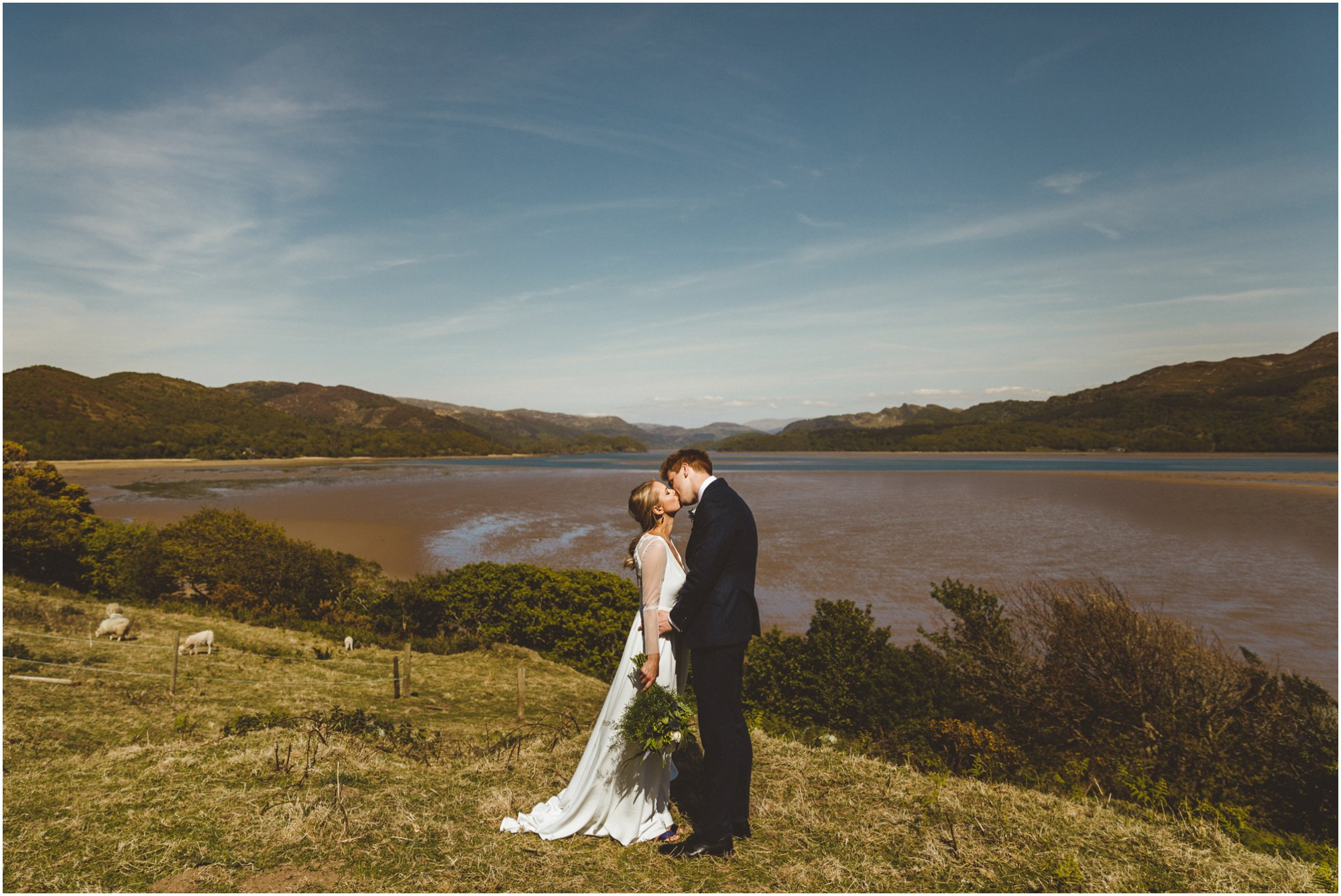wales-wedding-photographer_0084.jpg