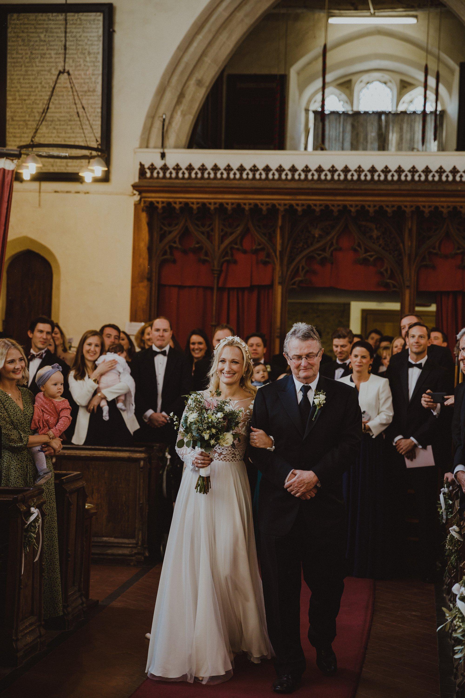 farmhouse-at-redcoats-wedding-hertfordshire_0034.jpg