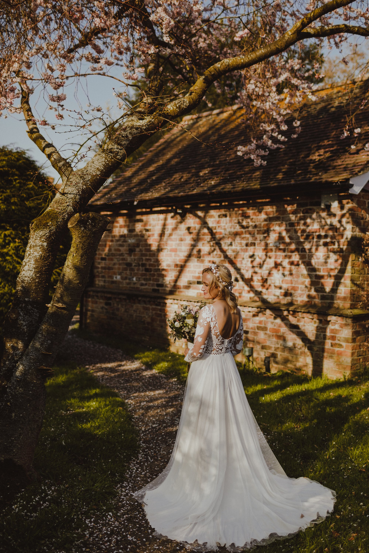 farmhouse-at-redcoats-wedding-hertfordshire_0076.jpg