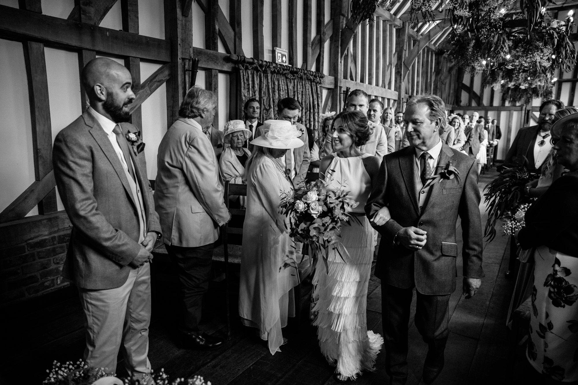gate-street-barn-wedding-surrey_0015.jpg