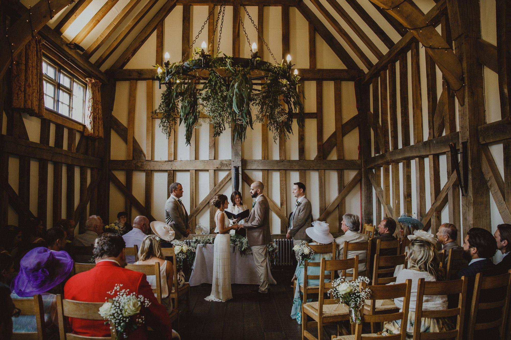 gate-street-barn-wedding-surrey_0019.jpg