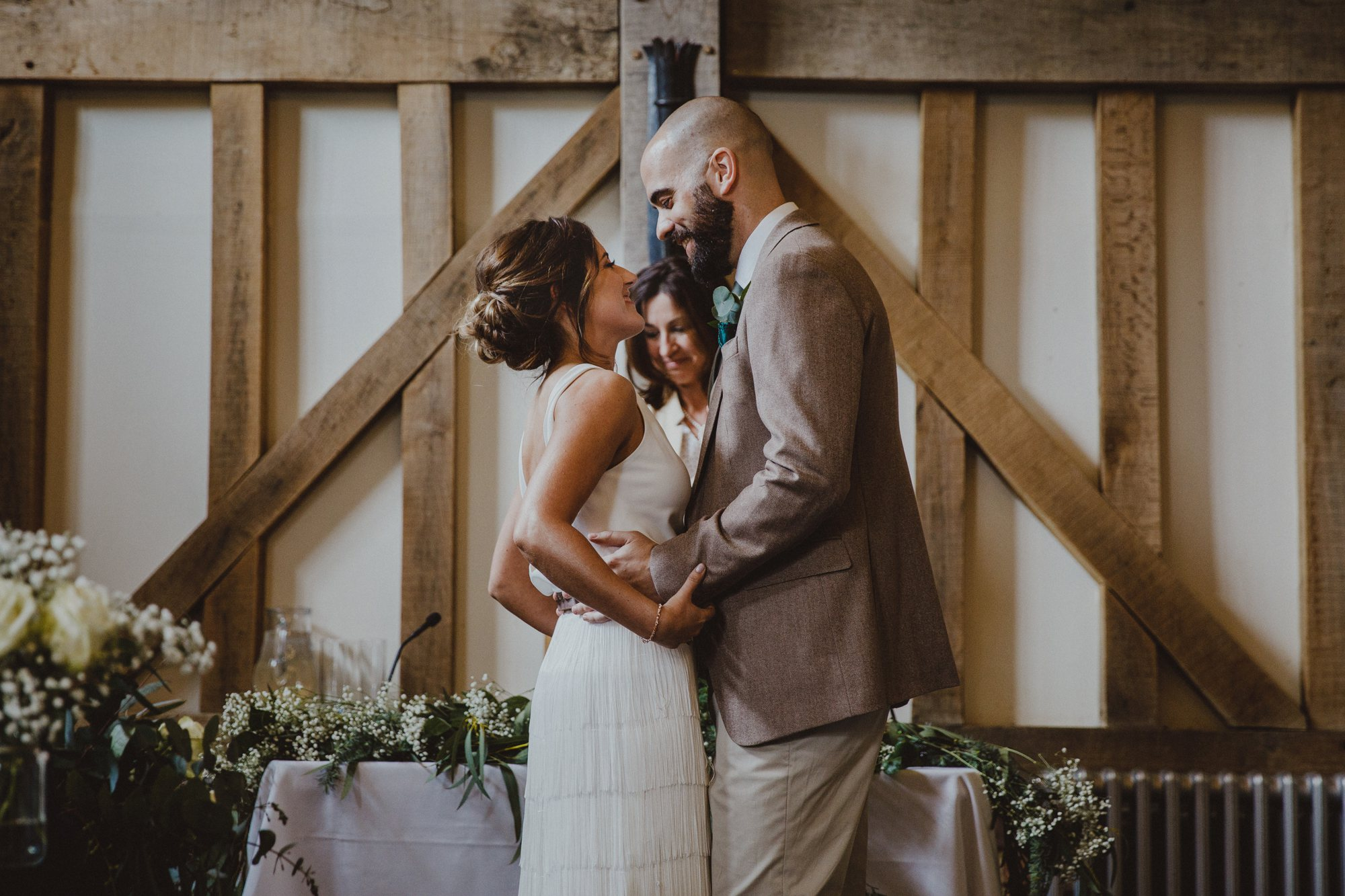gate-street-barn-wedding-surrey_0020.jpg
