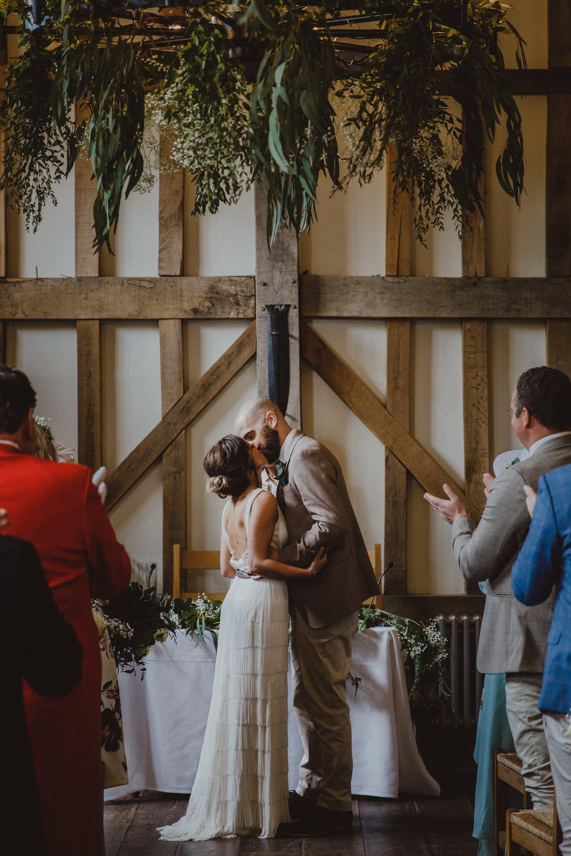 gate-street-barn-wedding-surrey_0021.jpg