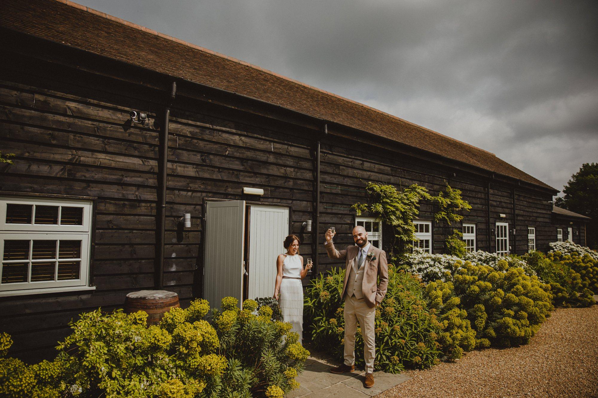 gate-street-barn-wedding-surrey_0024.jpg