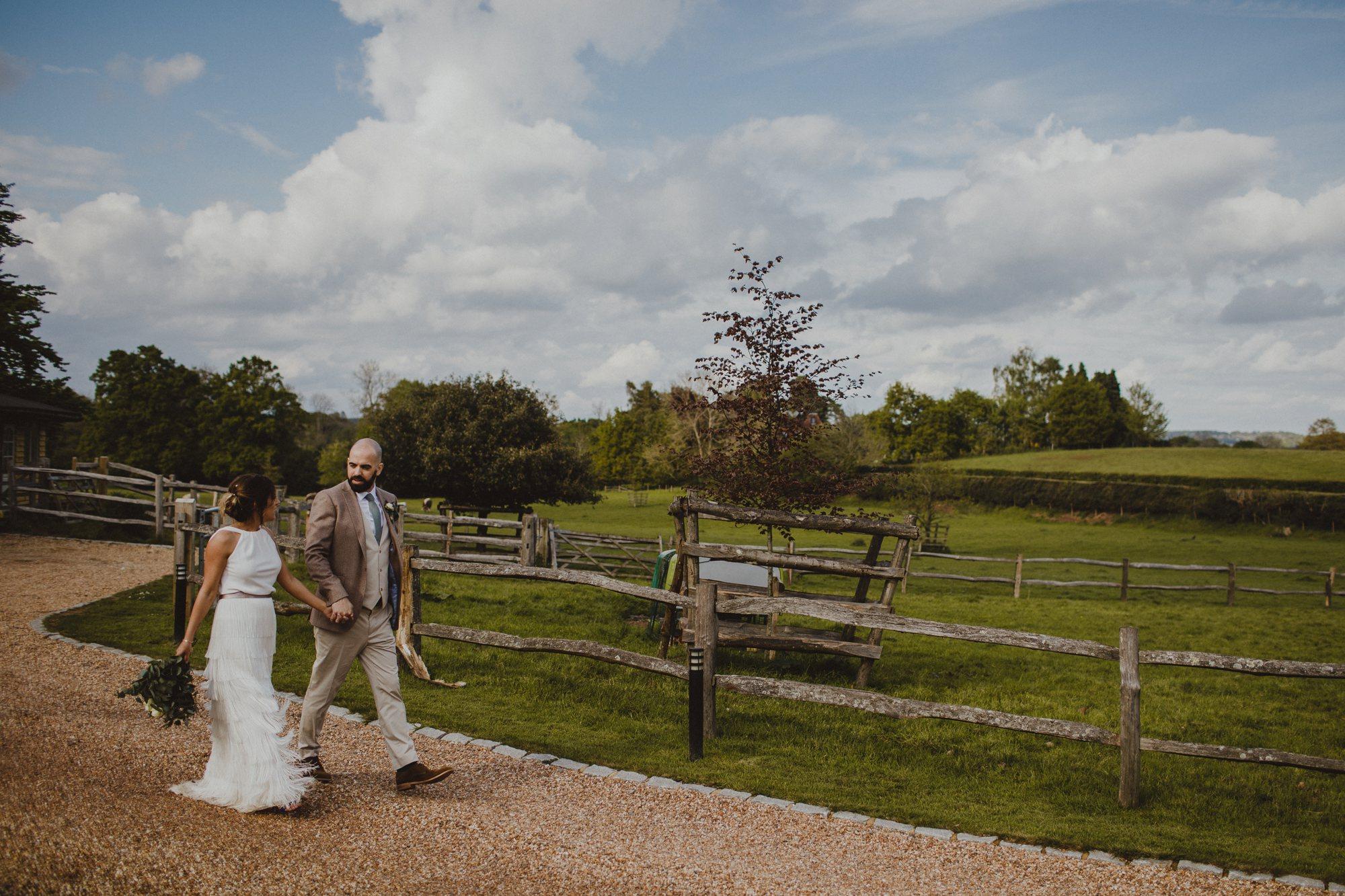 gate-street-barn-wedding-surrey_0042.jpg