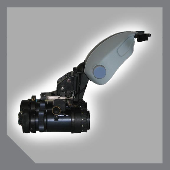 Easy attach, night vision adaptor