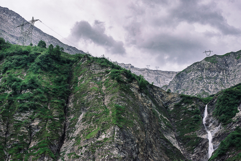 While photographing the highest power lines in Europe, the storm clouds roll in