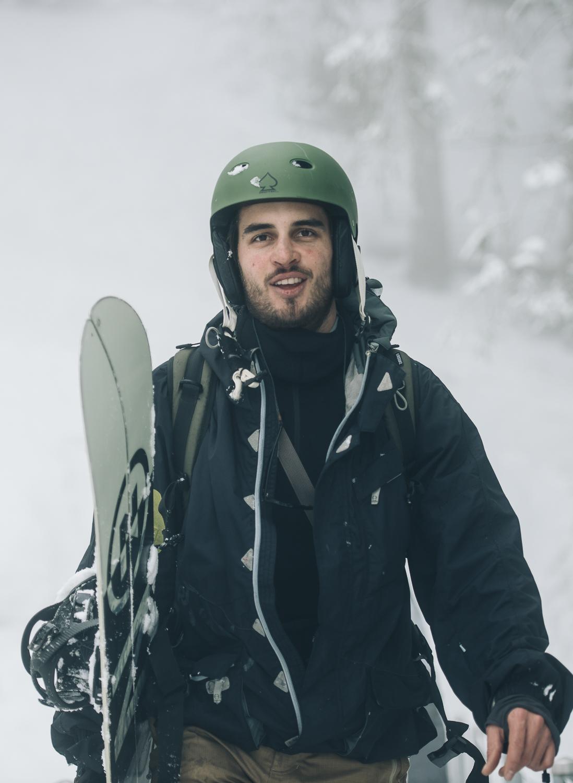 Frederik_vandenBerg_OutdoorPhotography_Winter_Splitboarding-Lidernenhuette--20.jpg