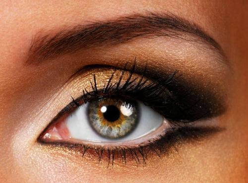 smokey-eyes-brown.jpg