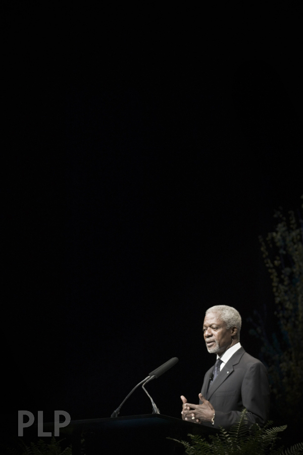 Kofi Annan Speaks to the audiences of peoples.