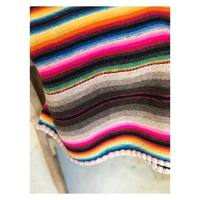 HAPPY THURSDAY  Freshen up your home with textiles.
