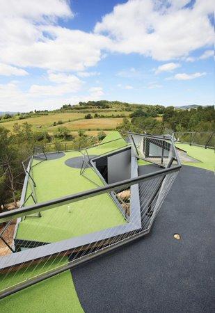 roofgolf01.jpg