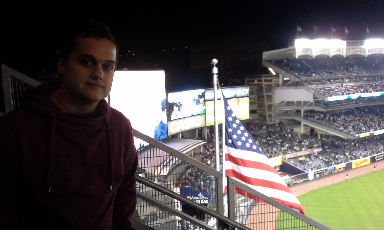 Robbie at the game