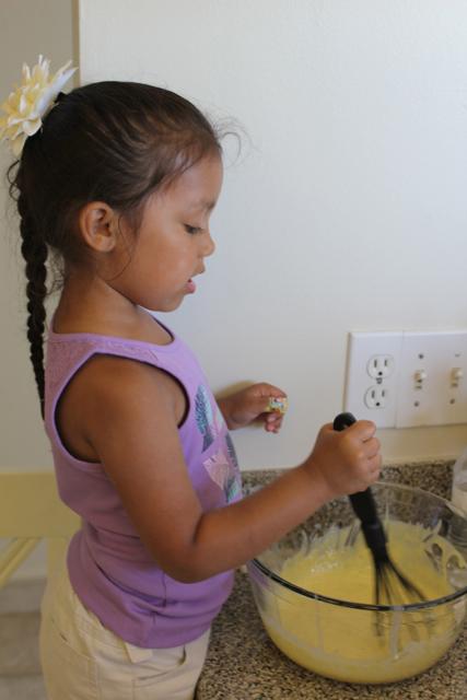 Maya mixing the filling