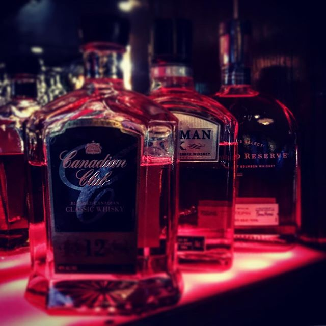 Are you still in the Christmas Spirit? Because we are! 🥃🥂🍻 #pegasusarms #christchurch #newzealand #cocktails #spirit #christmas #newyear #jack #jackdaniels #canadianclub #woodfordreserve #pubcrawl #drink #drinks #bar #bartender #picoftheday #pictures #insta #friday
