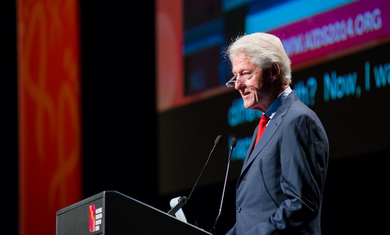 AIDS-BillClinton-4.jpg
