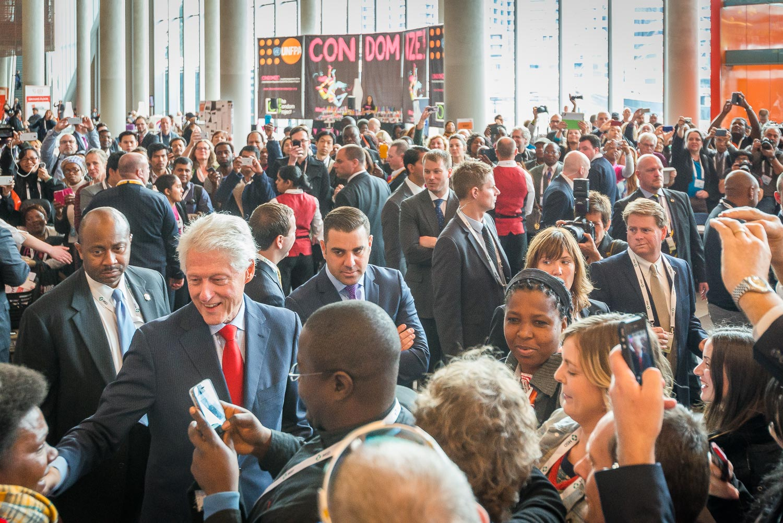 AIDS-BillClinton-7.jpg