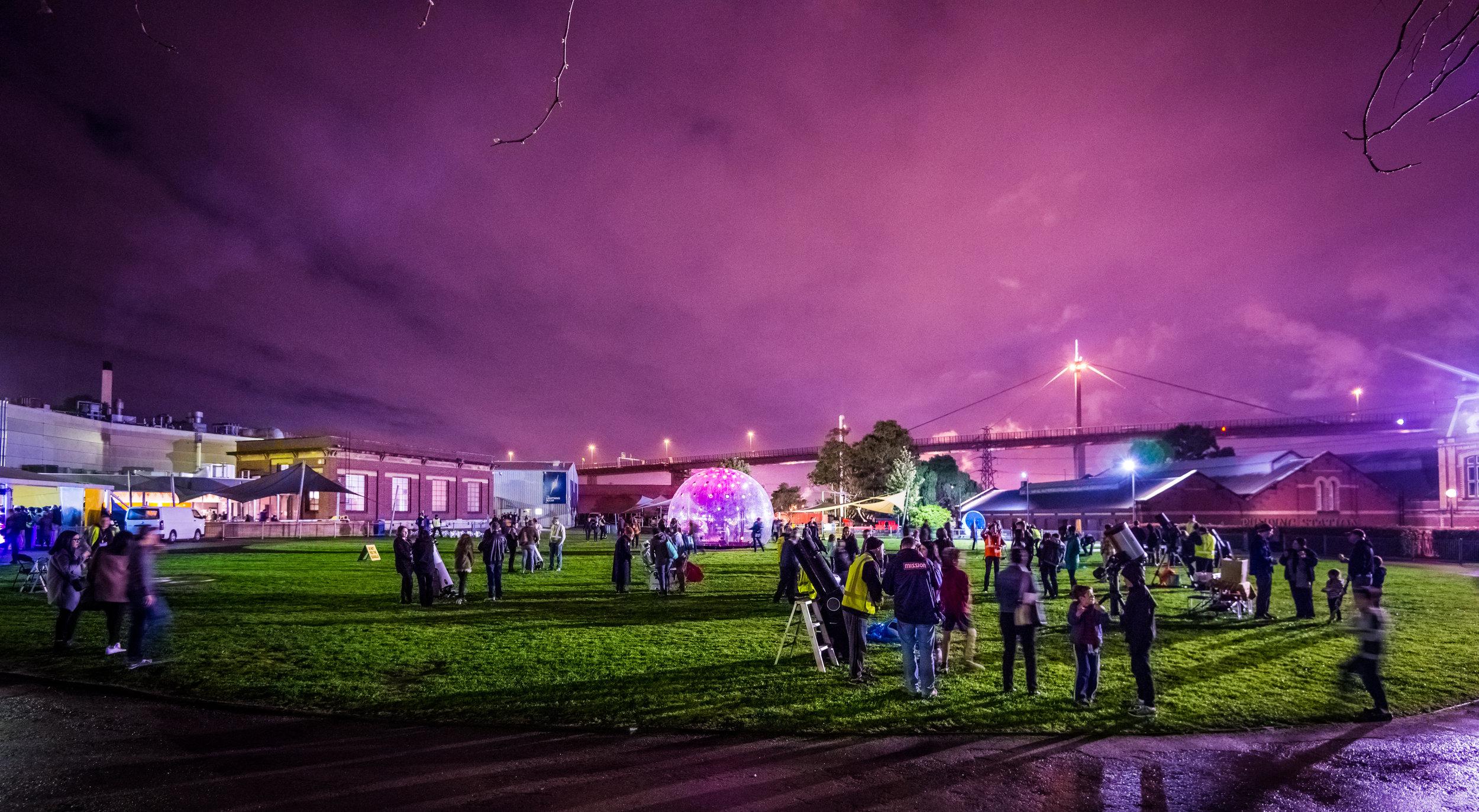 stewiedonn HR ScienceWorks-AstroLight-Festival-2016-96.jpg