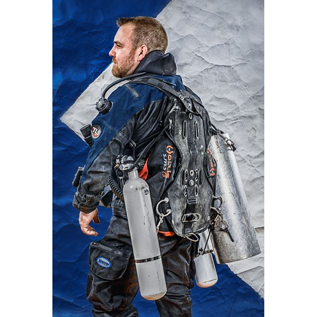 Bradley on his Side Mount self modified Kiss Classic CCR Rebreather, part of the 20 Thousand Leagues photo series. Rearview. #sidemount #ccr #rebreathers #rebreatherdiver  #rebreatherdiving #kissclassic #kissrebreathers #duidrysuit #dui #hollis #golemgear #4thelement #fourthelementwetsuit  #lightmonkey  #hollissms75diving  #hollissms75s  #duidrysuits #20thousandleagues #twentythousandleagues #twentythousandleaguesunderthesea #breathingtheloop