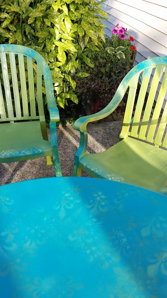 SPRAY PAINT, STENCILED TABLE SET