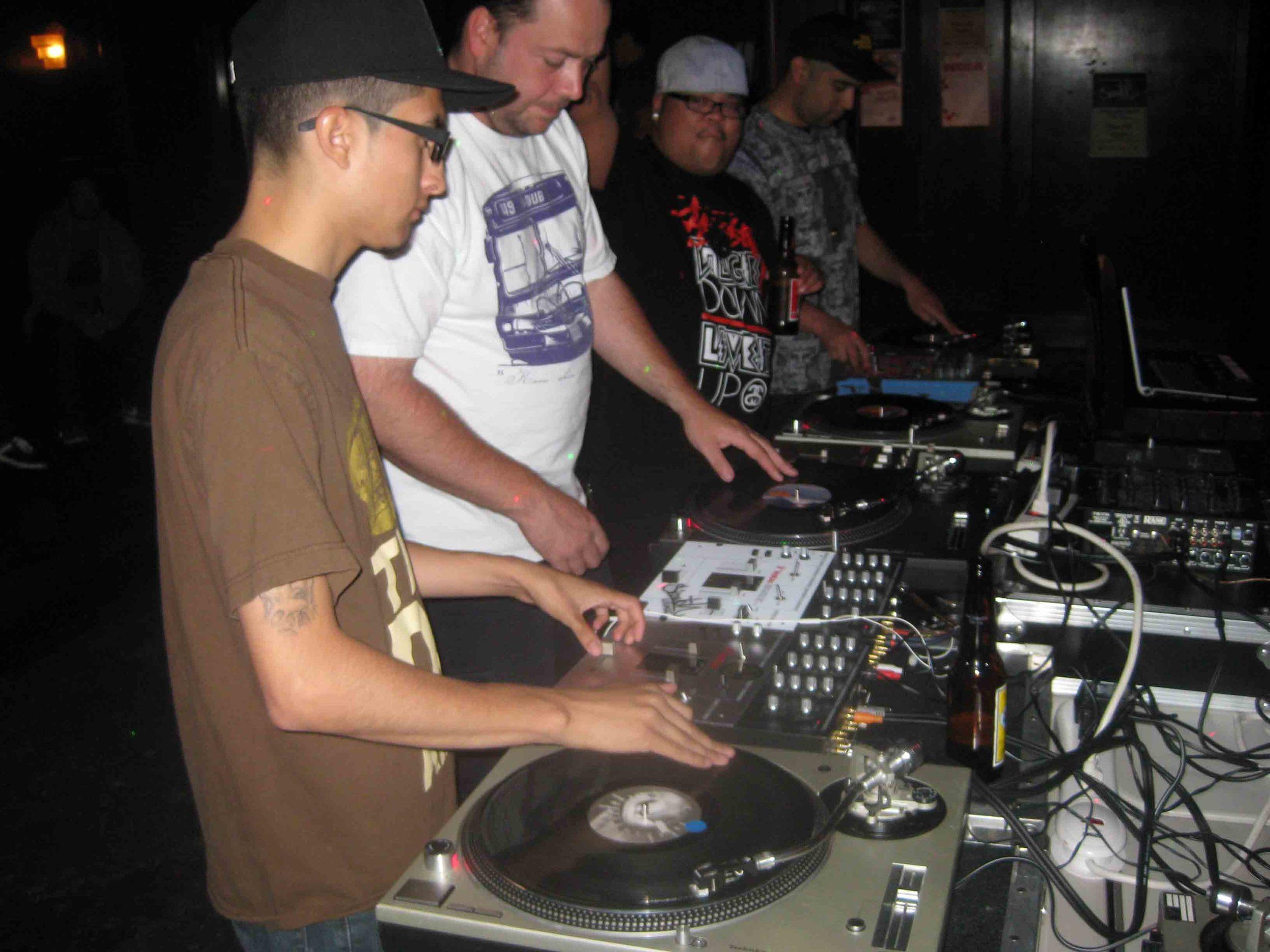 2011_08_04_SkratchLounge-DJ Image (01).jpg