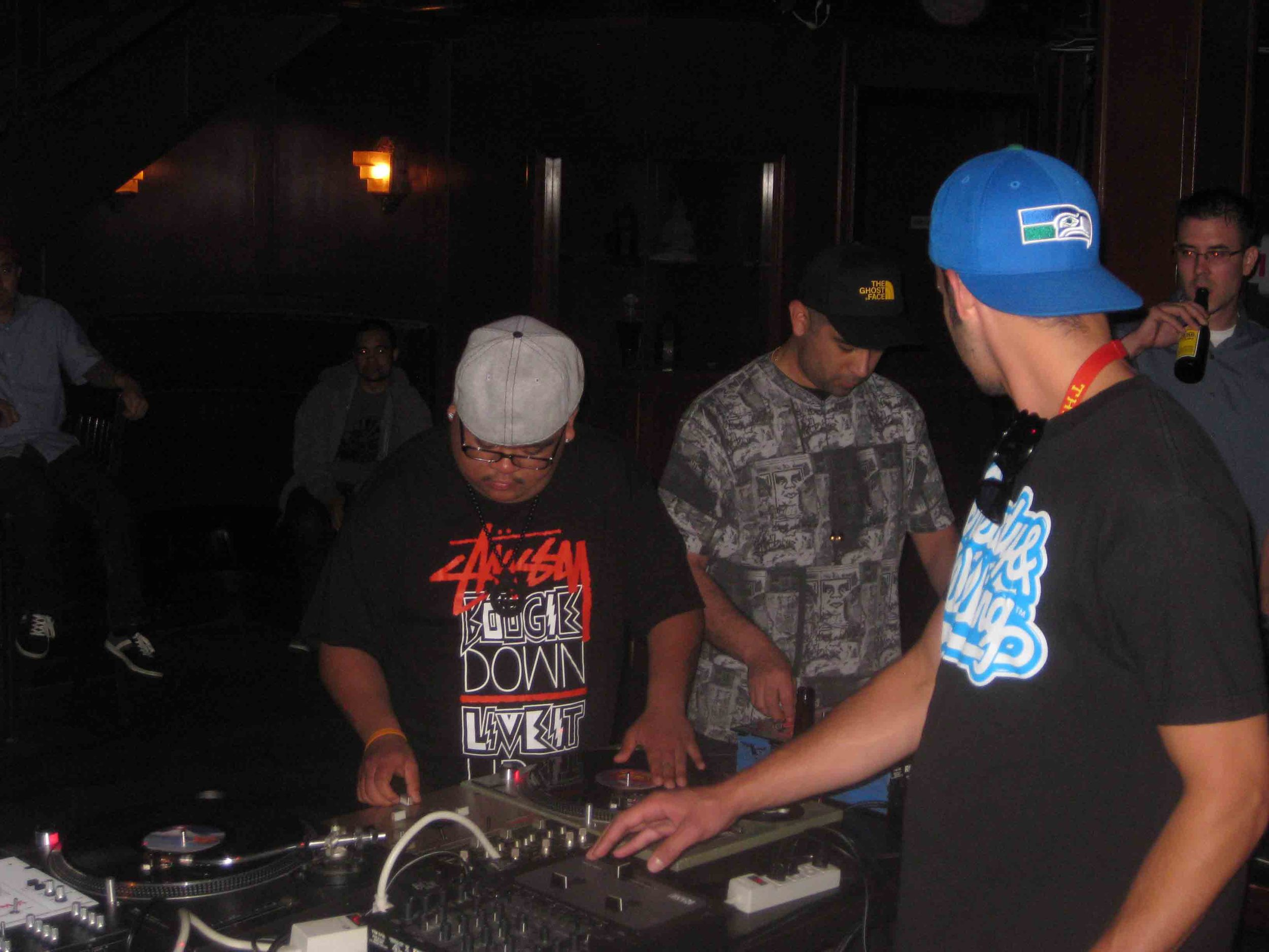2011_08_04_SkratchLounge-DJ Image (03).jpg