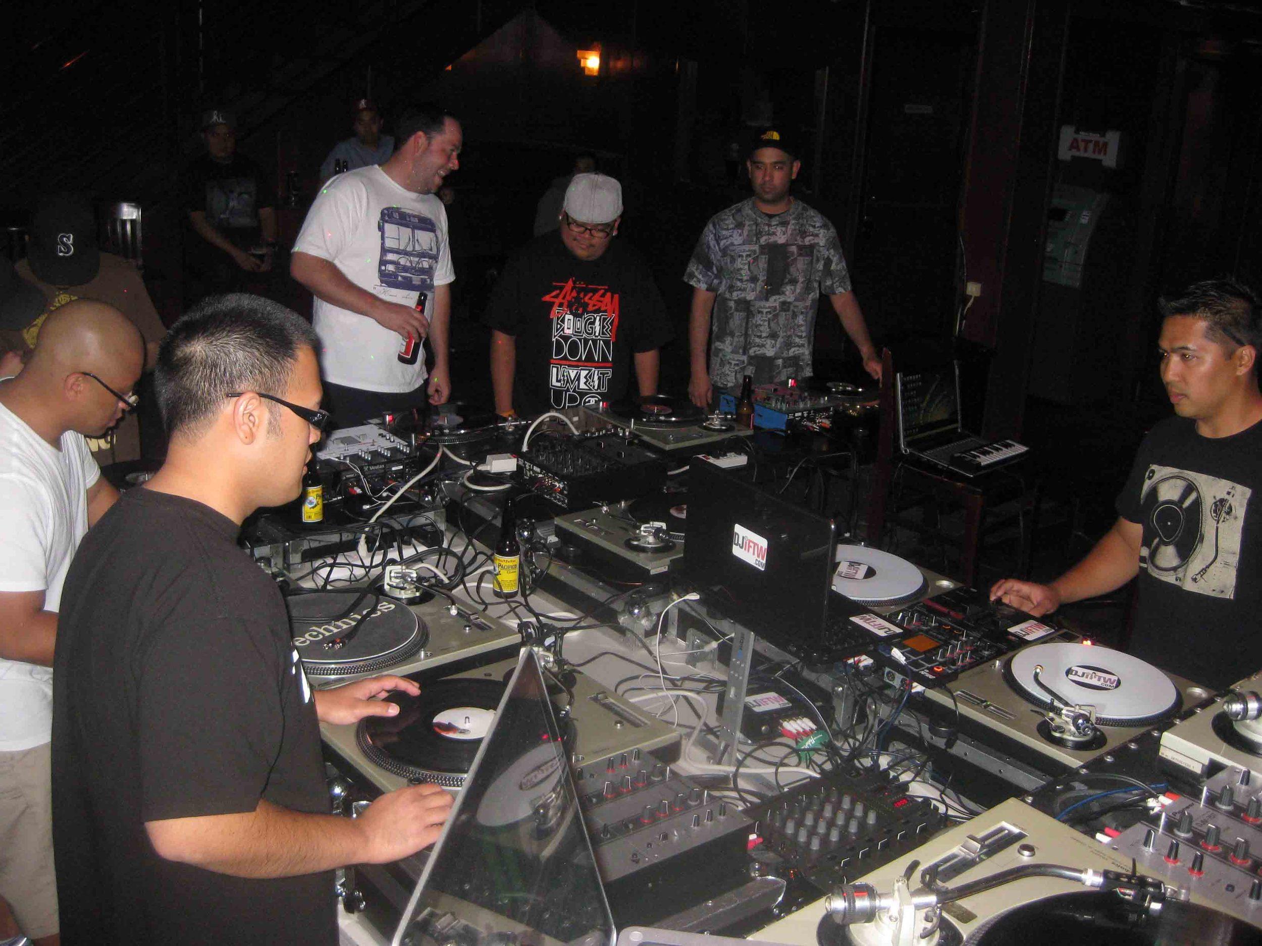2011_08_04_SkratchLounge-DJ Image (14).jpg