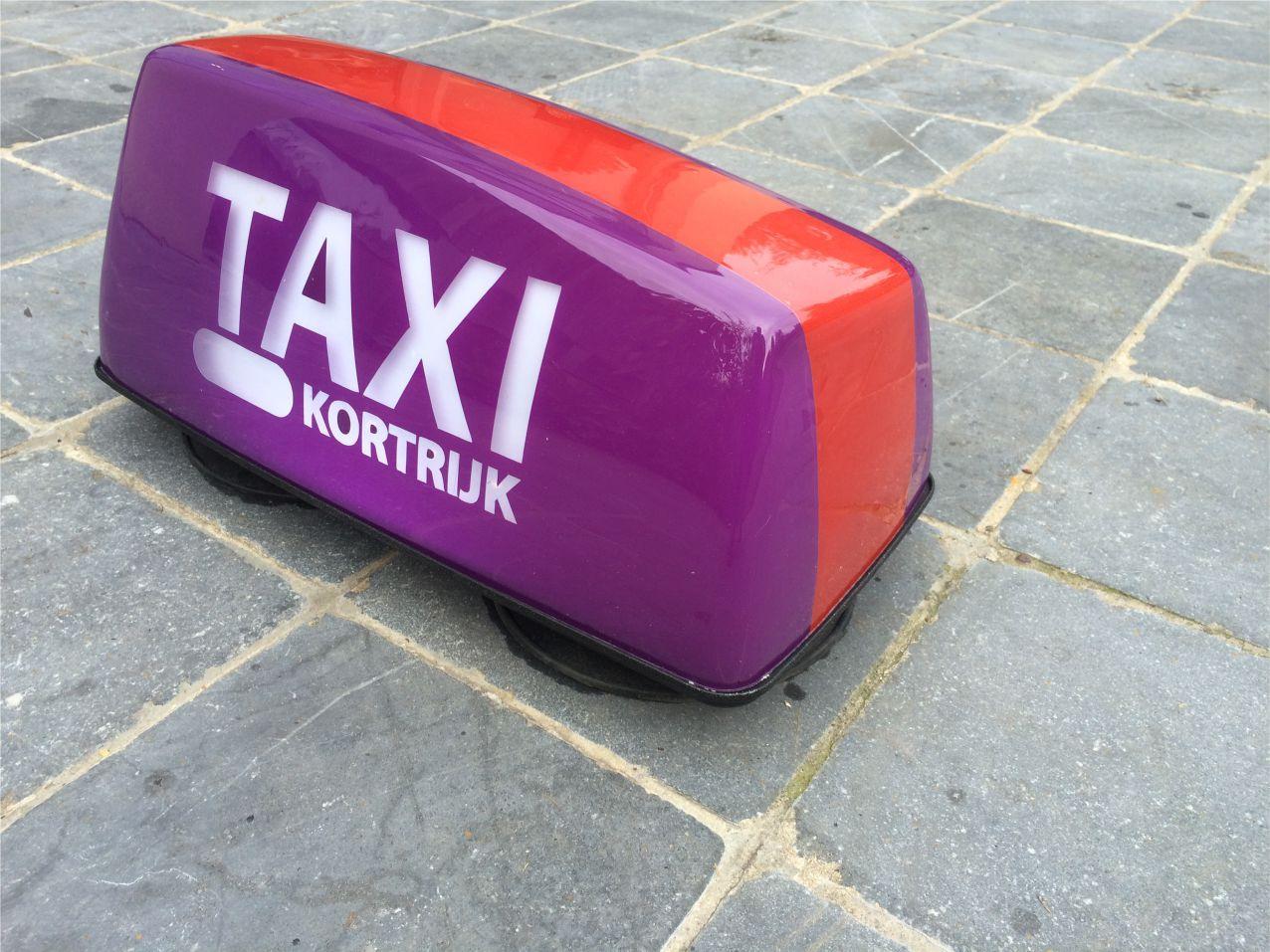 taxi1.jpg