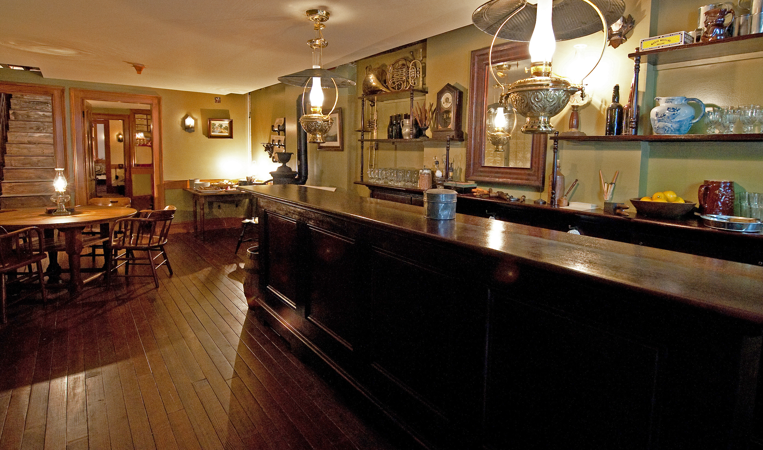Schneider Saloon by Keiko Niwa. Courtesy of The Tenement Museum.