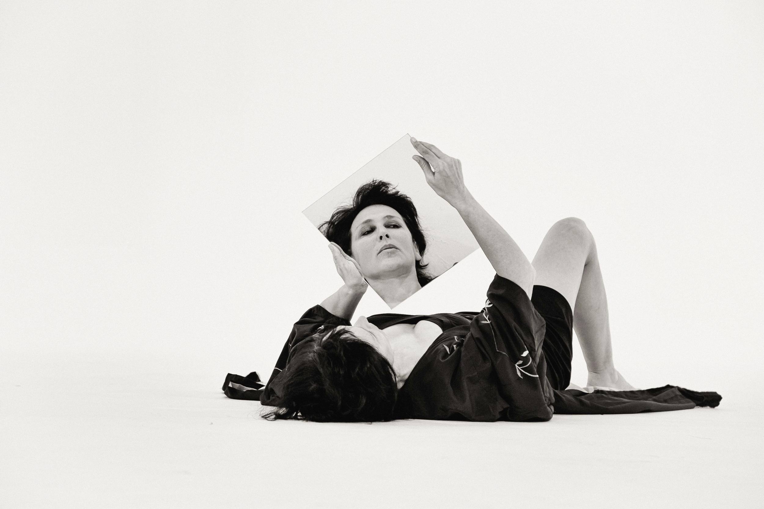 Lisa Ramirez in  Medea  by Bryan Davidson Blue. Photo by  Sion Fullana: Visual Storytelling.