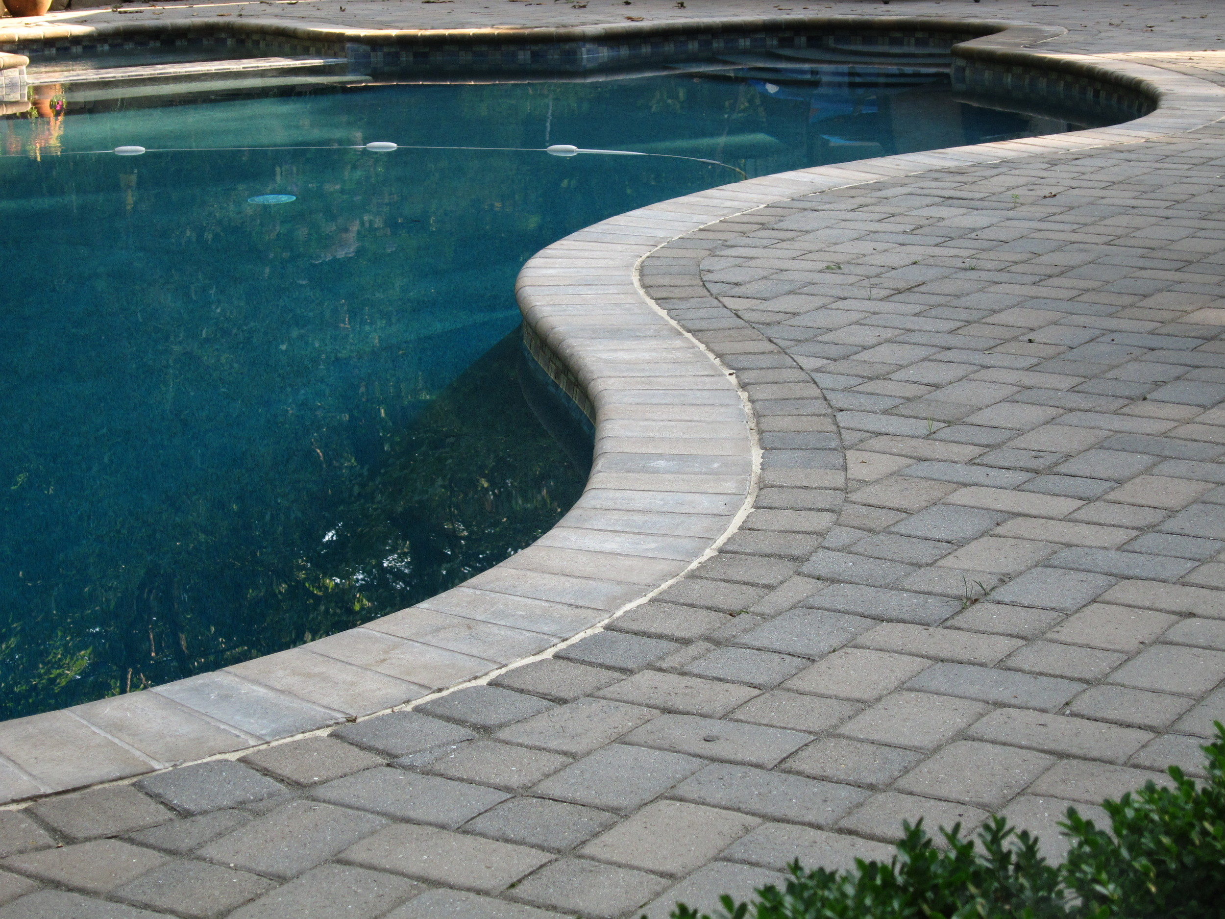 Bullnose Paver in Sandlewood color.
