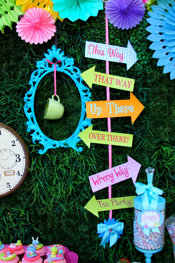 Alice in Wonderland Signs Printable idea