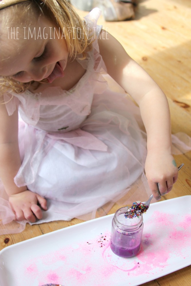 Making-fairy-potions-667x1000.jpg