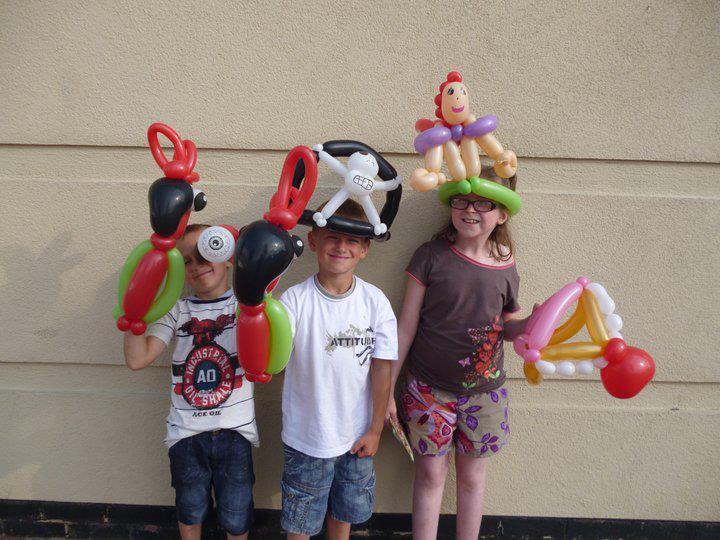 3324952609341.jpgBalloons for birthday party by Wayne Wonder