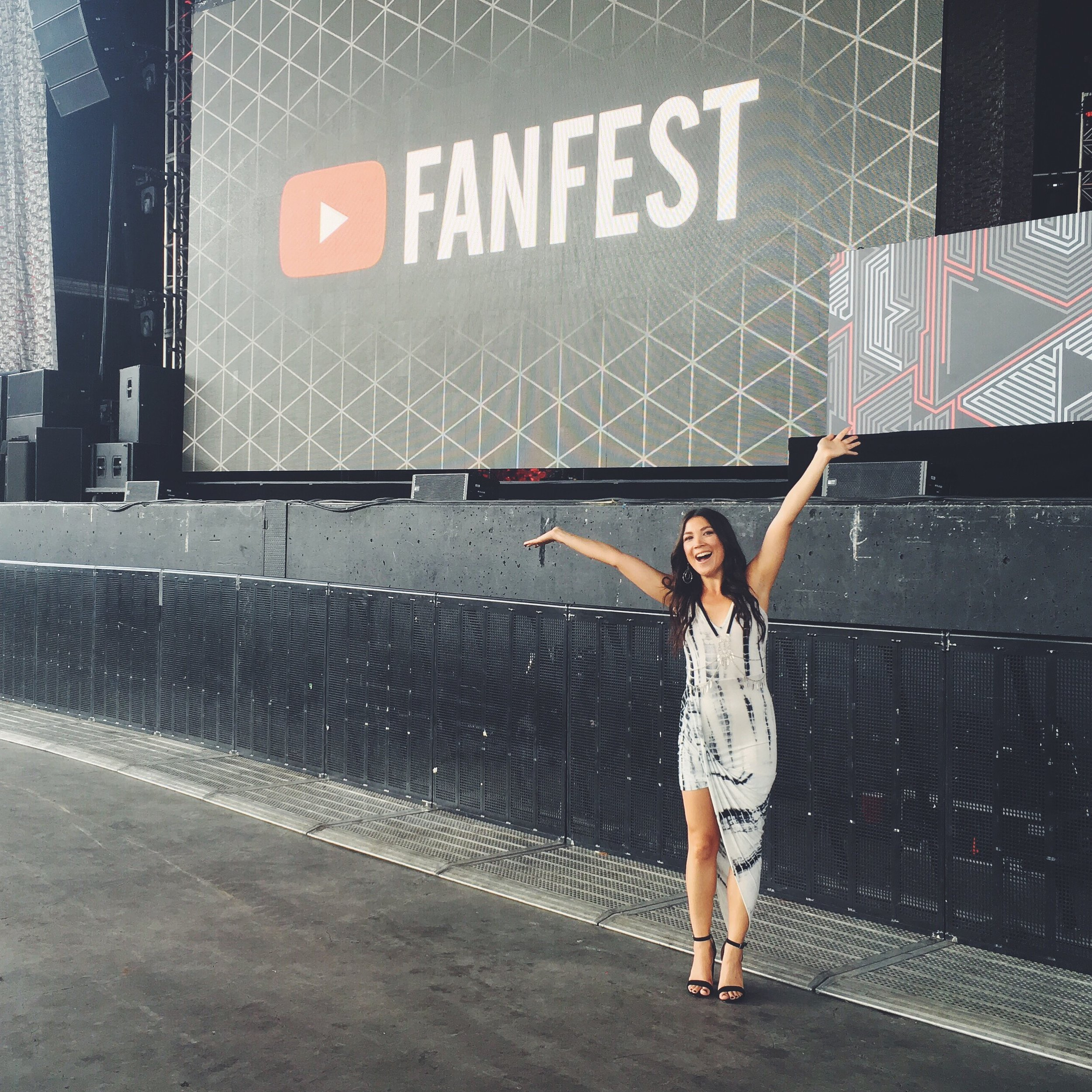 How To Create A Successful YouTube Channel | FASHION MAGAZINE