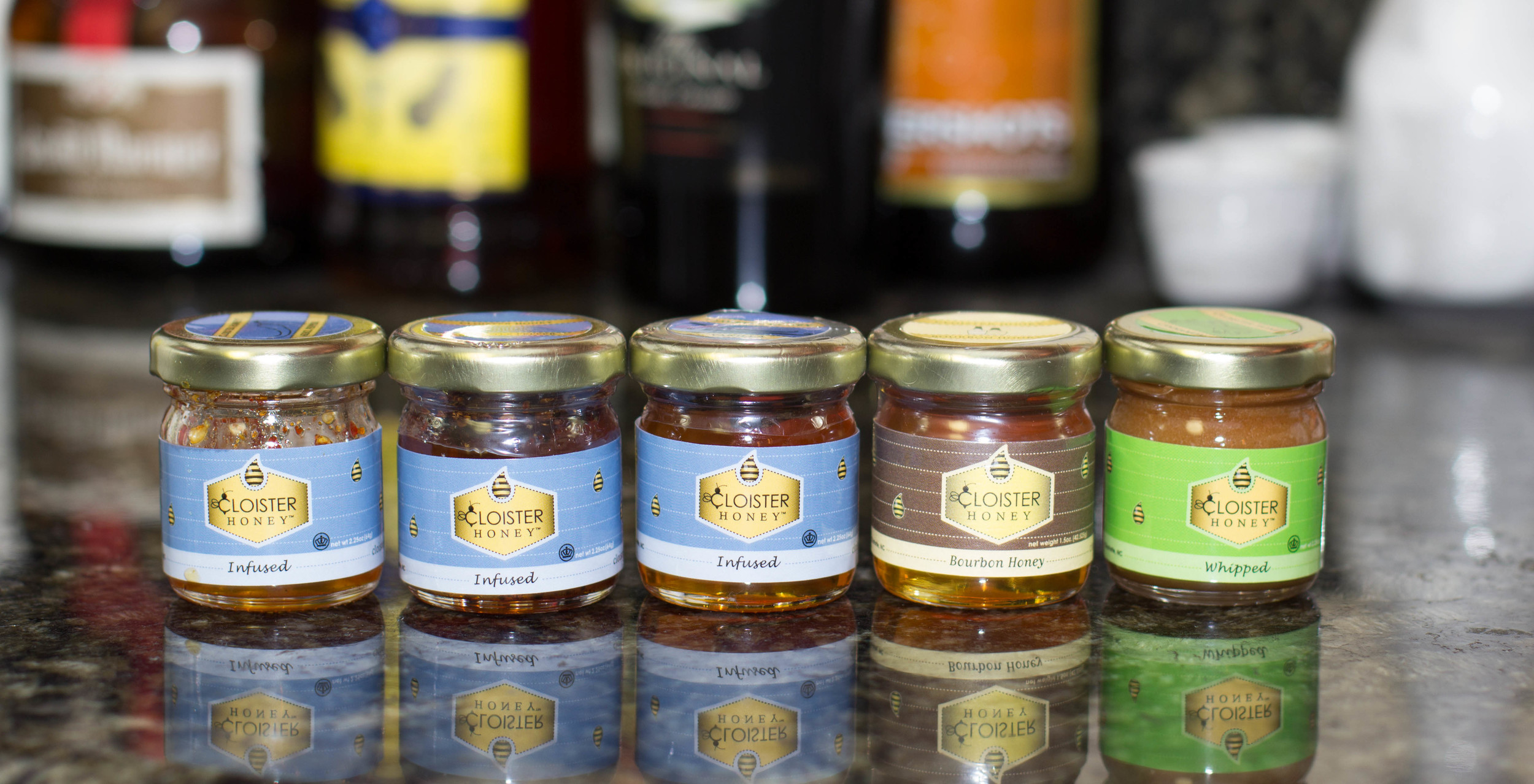 Blogger sample kit honey varieties (left to right): Arbol Chili Pepper, Chipotle Pepper, Vanilla Infused, Bourbon Infused, Whipped Cinnamon