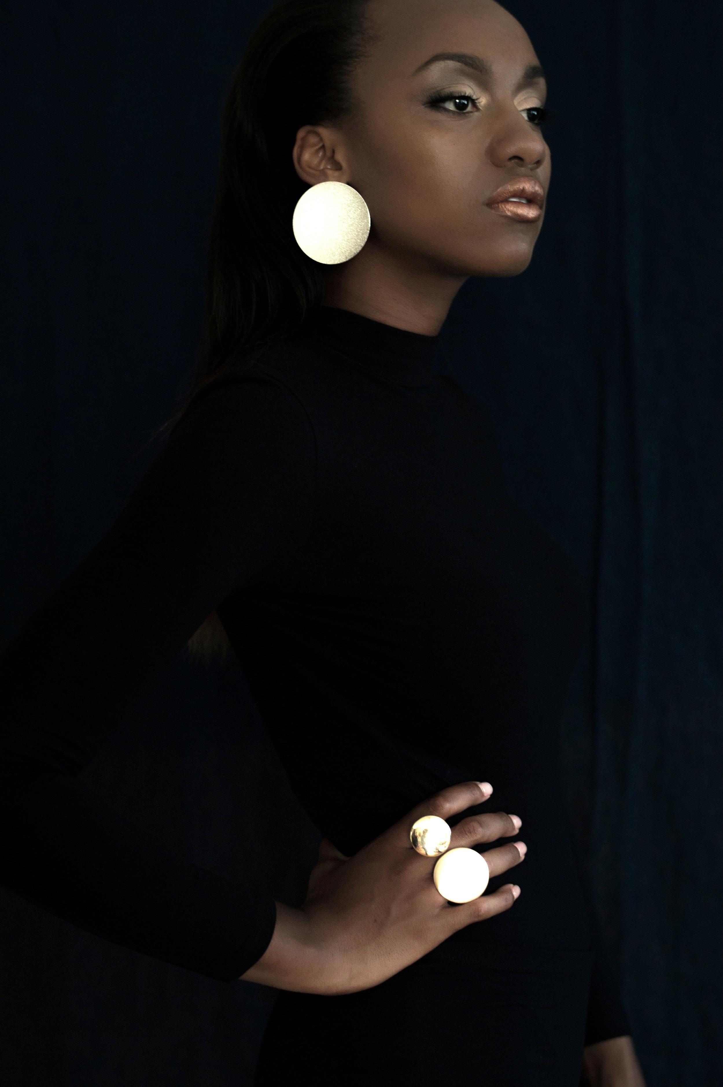 Styling: Liz Gardner for Bodega Ltd. Photo:  Ashley Camper
