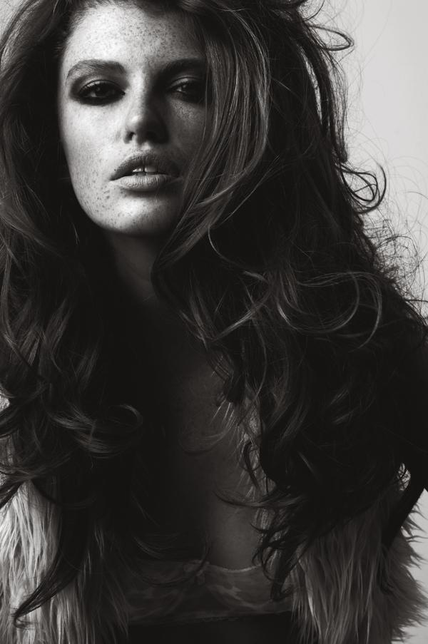 Styling: Liz Gardner Photography: John Wallace Model: Kate Potter