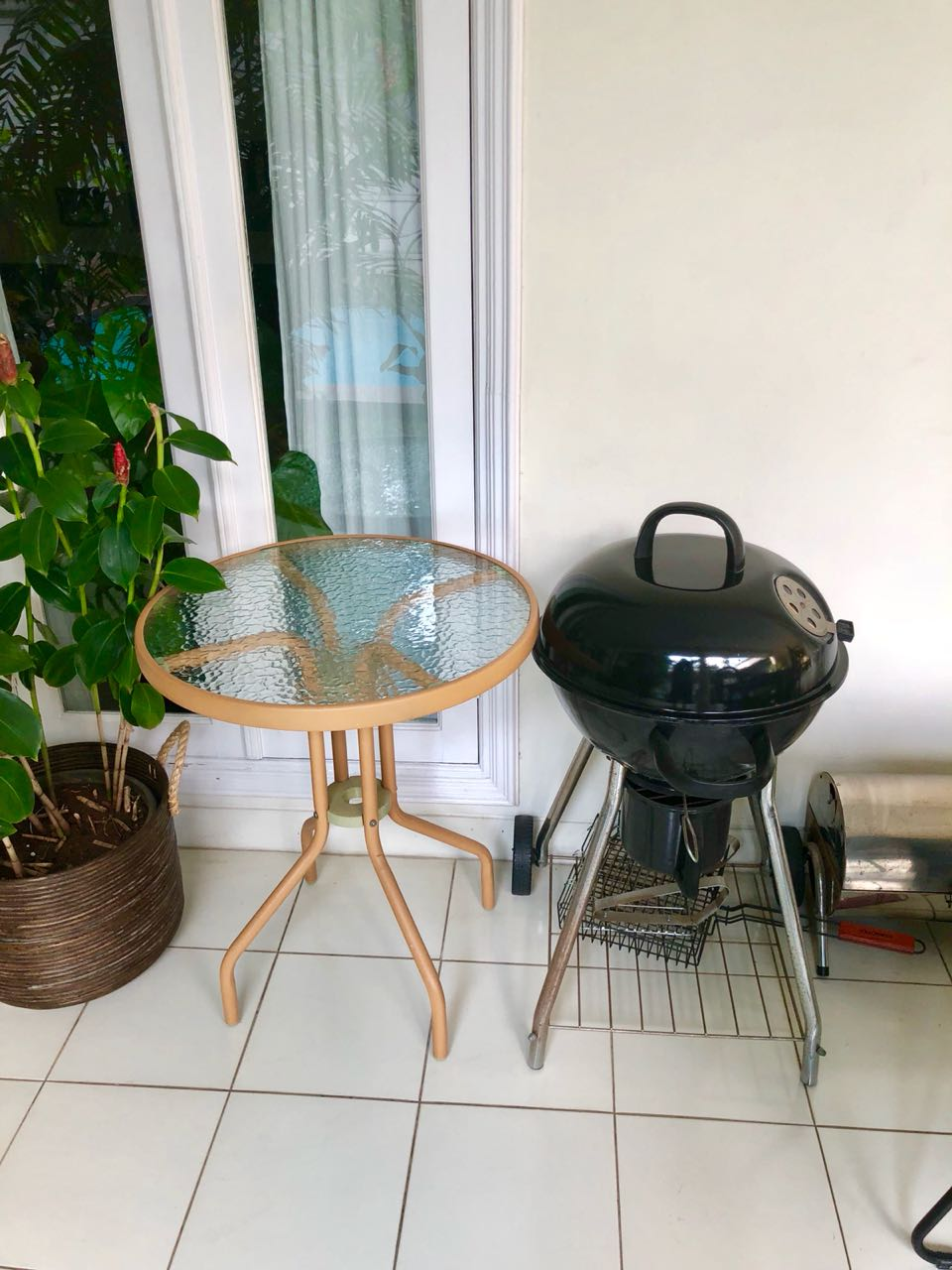 Ace Hardware Grill and Side Table